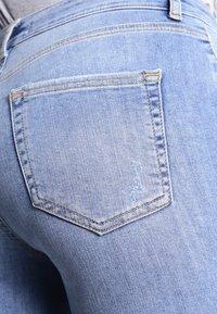 Pieces - PCFIVE DELLY - Skinny džíny - light blue denim - 4