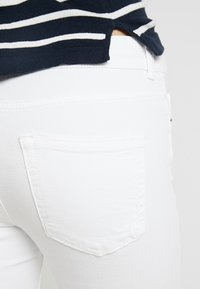 Pieces - Jeans Skinny Fit - bright white - 5