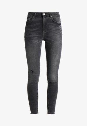PCFIVE DELLY  - Jeans Skinny Fit - light grey denim