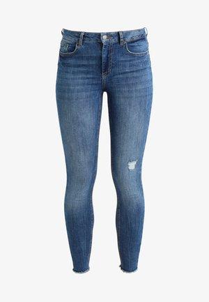 PCFIVE DELLY - Jeans Skinny - medium blue denim