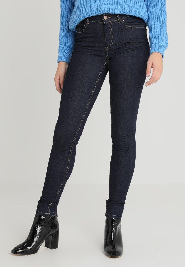 Pieces - PCFIVE DELLY - Skinny džíny - dark blue denim