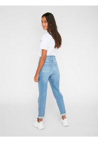 Pieces - Relaxed fit jeans - light blue denim - 2