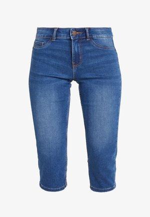 PCSAGE SHAPE UP KNICKERS - Jeansshorts - medium blue denim