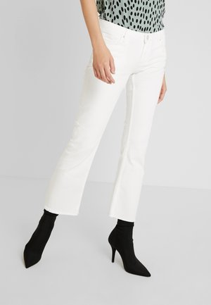 PCJEANNY - Straight leg jeans - bright white