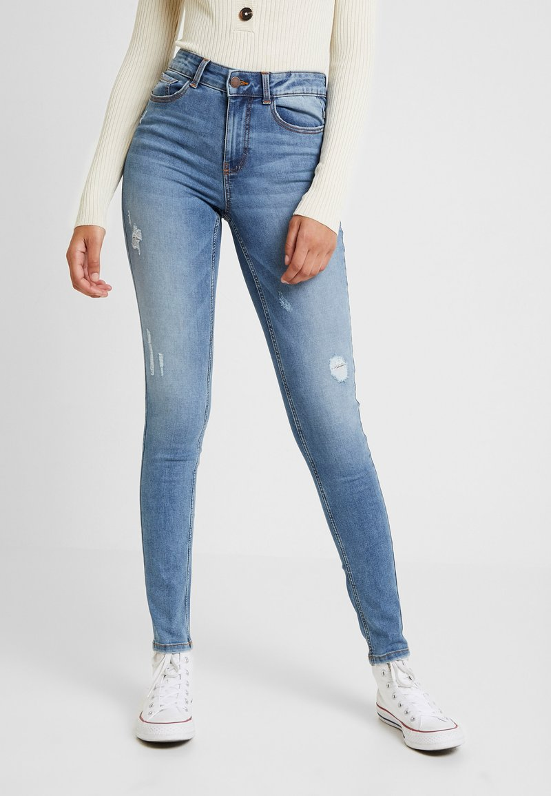 Pieces - PCLOLES  - Jeans Skinny Fit - medium blue denim