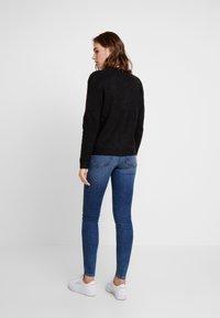 Pieces - PCKIM LOW RISE - Jeans Skinny - medium blue denim - 2