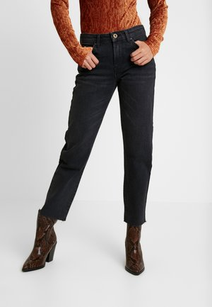 PCHOLLY - Straight leg jeans - black