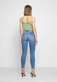 Pieces - NORA - Jeansy Skinny Fit - light blue denim - 2