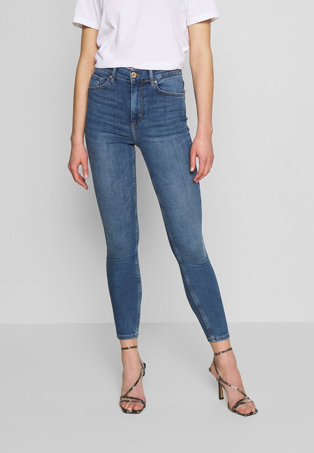 PCNORA - Jeansy Skinny Fit - medium blue denim
