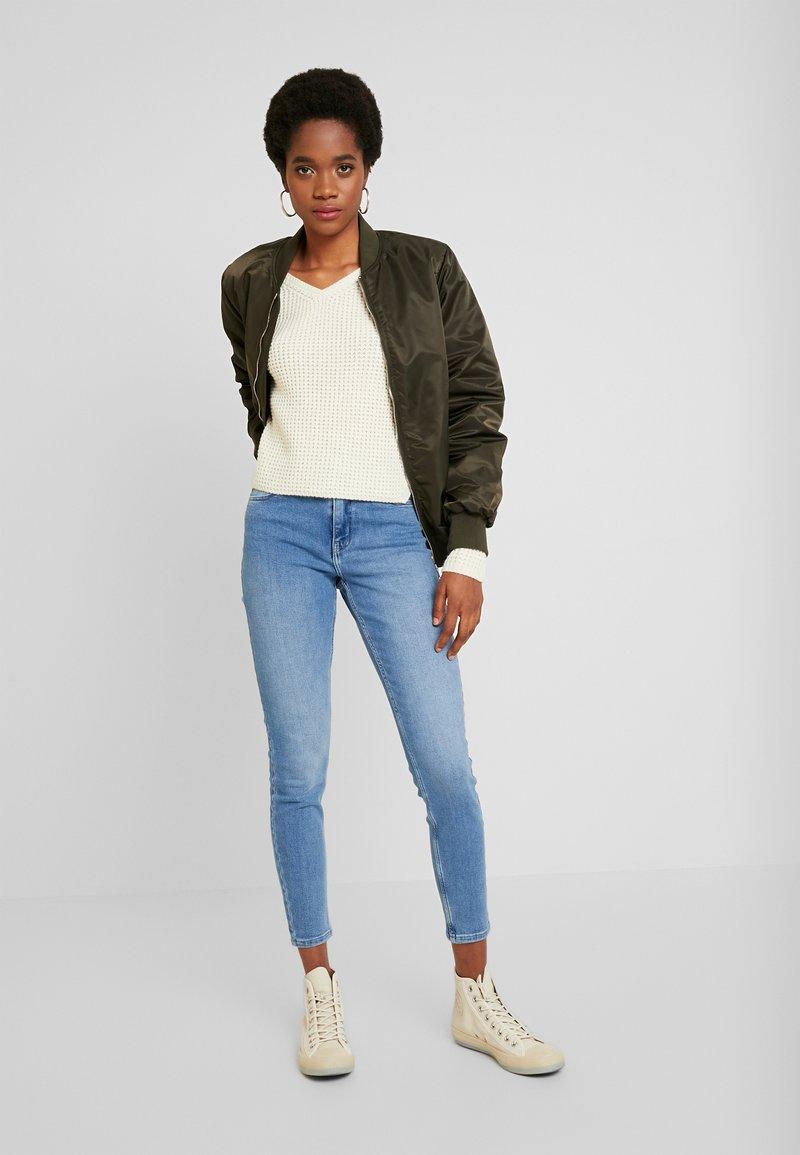 Pieces PCKAMELIA - Jeans Skinny Fit - light blue denim