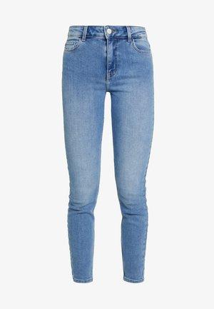 PCKAMELIA - Jeans Skinny Fit - light blue denim