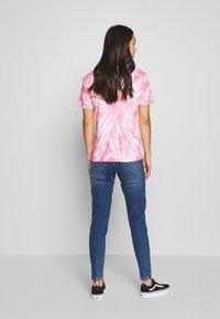Pieces - PCKAMELIA ANKLE - Jeans Skinny - medium blue denim - 2