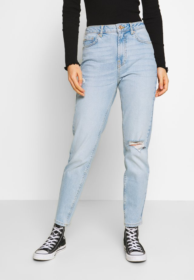 PCLEAH MOM - Jeansy Relaxed Fit - light blue denim
