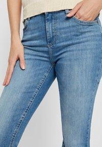Pieces - Flared Jeans - light blue denim - 3