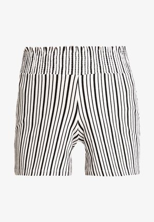 PCCILMA - Shorts - bright white/black