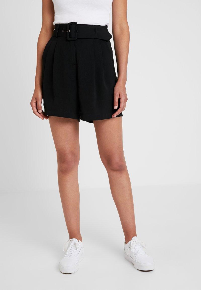 Pieces - PCKASANDRA - Shorts - black
