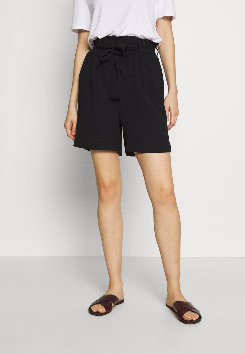 Pieces - PCAVERY - Shorts - black