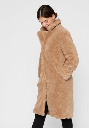 Cappotto invernale - tannin