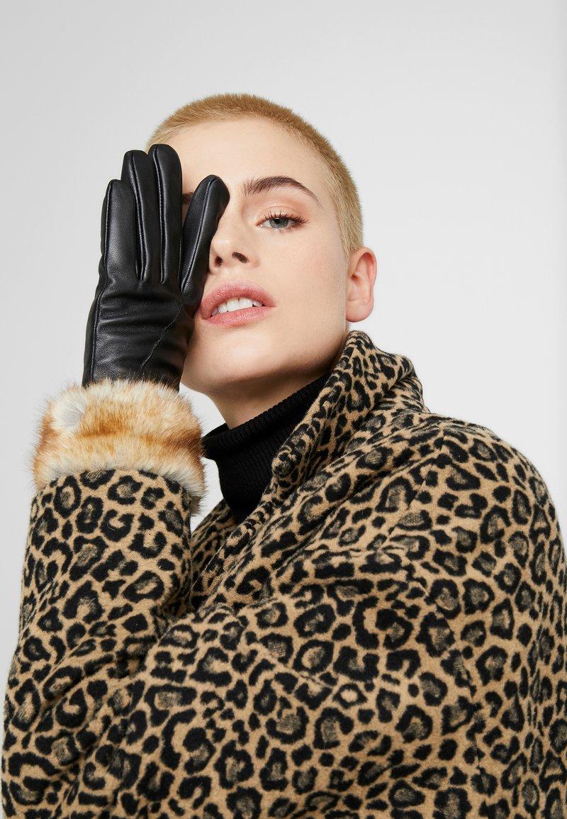 Pieces - Gloves - black