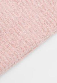Pieces - Bonnet - peach - 4