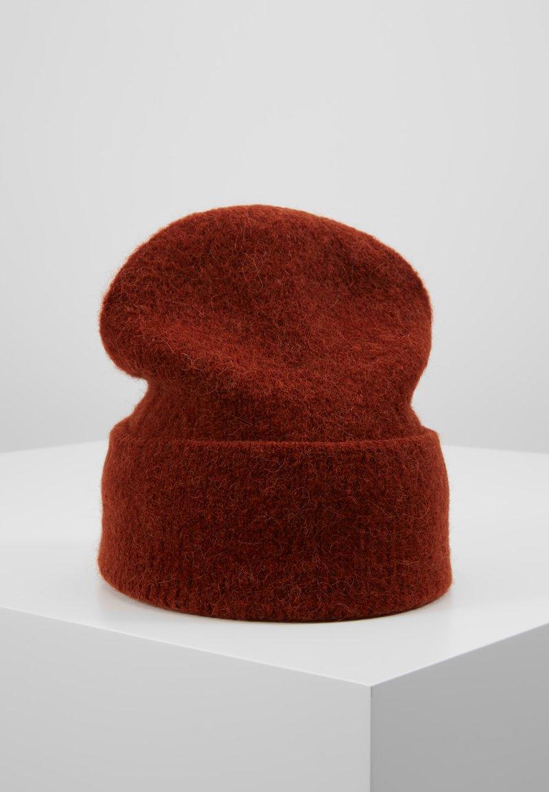 Pieces - Bonnet - picante