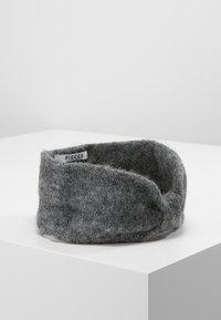 Pieces - Čelenka - medium grey melange - 0