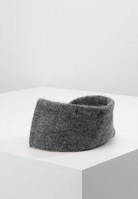 Pieces - Čelenka - medium grey melange - 2