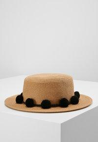 Pieces - PCISA  HAT BEACH - Klobouk - black - 2