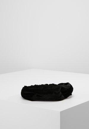 Nauszniki - black