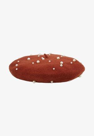 Hatt - picante