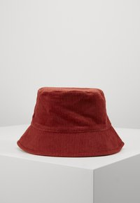 Pieces - PCJIOLA BUCKET HAT - Hat - chili oil - 3