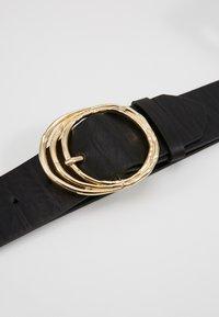 Pieces - PCDEMA WAIST BELT  - Tailleriem - black/gold-coloured - 2