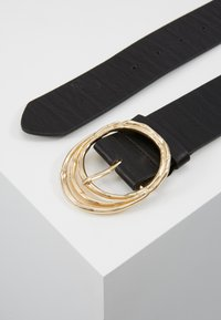 Pieces - PCDEMA WAIST BELT  - Tailleriem - black/gold-coloured - 3
