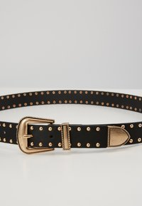 Pieces - PCHOLLIA JEANS BELT KEY - Riem - black/gold-coloured - 2