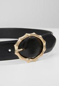 Pieces - PCBAMBI JEANS BELT - Belt - black/gold-coloured - 2