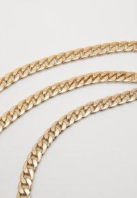 Pieces - PCPANZI WAIST CHAIN BELT KEY - Waist belt - gold-coloured - 2