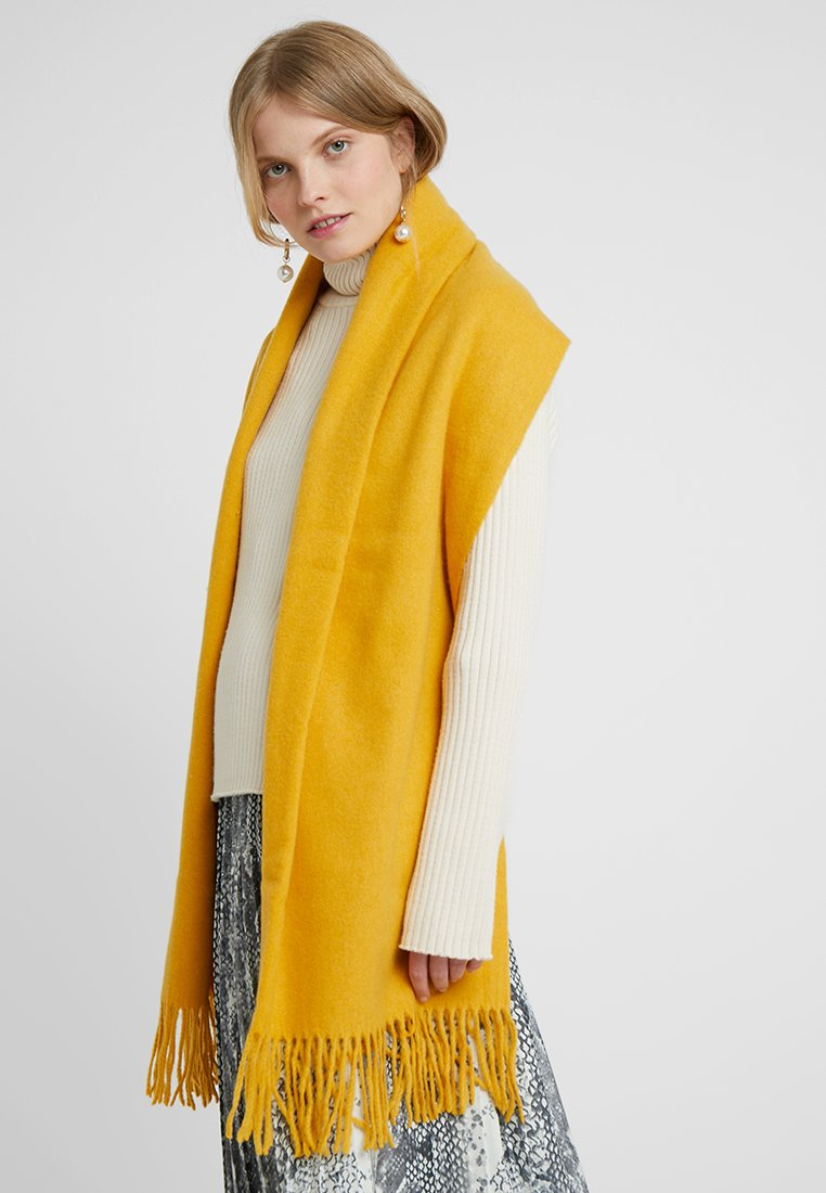 Pieces - PCJIRA SCARF - Sjal - nugget gold