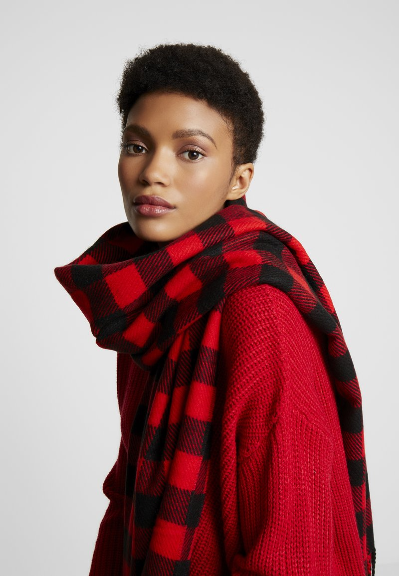 Pieces - PCHENNA LONG SCARF - Scarf - racing red
