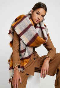 Pieces - Scarf - inca gold - 0