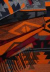 Pieces - Scarf - exuberance