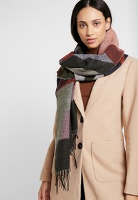 Pieces - Scarf - picante - 0