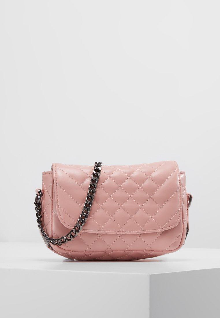 Pieces - PCSALOU CROSS BODY - Across body bag - candy pink