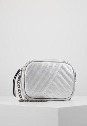 PCBABA CROSS BODY - Across body bag - silver colour