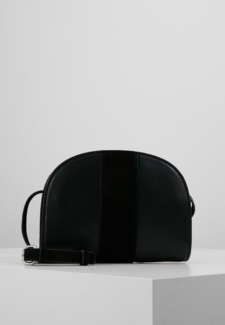 Pieces - PCPRISCA CROSS BODY - Sac bandoulière - black
