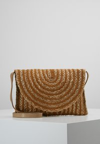 Pieces - PRISCILLA CROSS BODY - Borsa a tracolla - cognac - 0