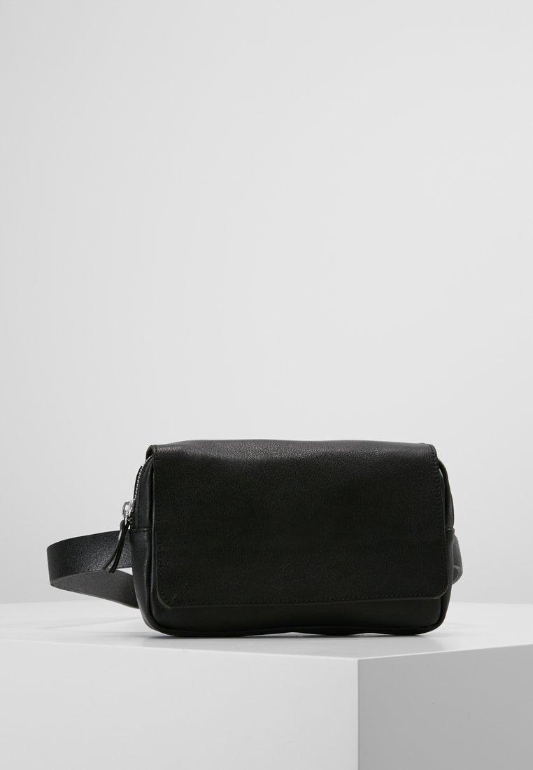 Pieces - PCCLARA BELT - Bum bag - black