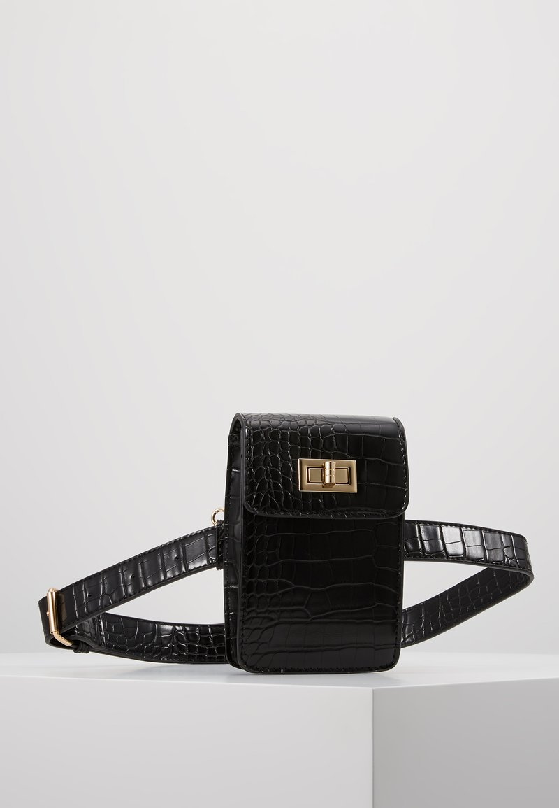 Pieces - PCIFRAH BELT BAG - Bum bag - black