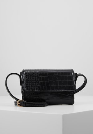 PCFLORINA CROSS BODY - Skulderveske - black