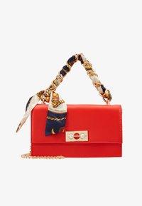 Pieces - PCSCARLET CROSS BODY - Handbag - high risk red - 5