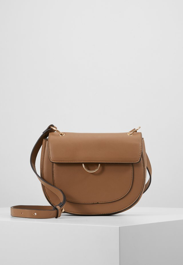 PCLINNEA CROSS BODY - Torba na ramię - toasted coconut/gold